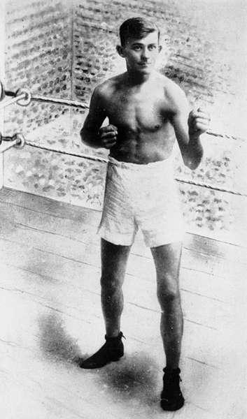 Gympie's Famous Boxing Campion | Gympie Regional Memories