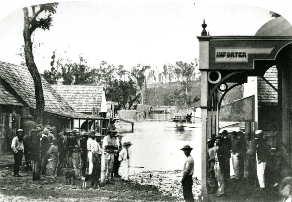 Floods in Mary Street