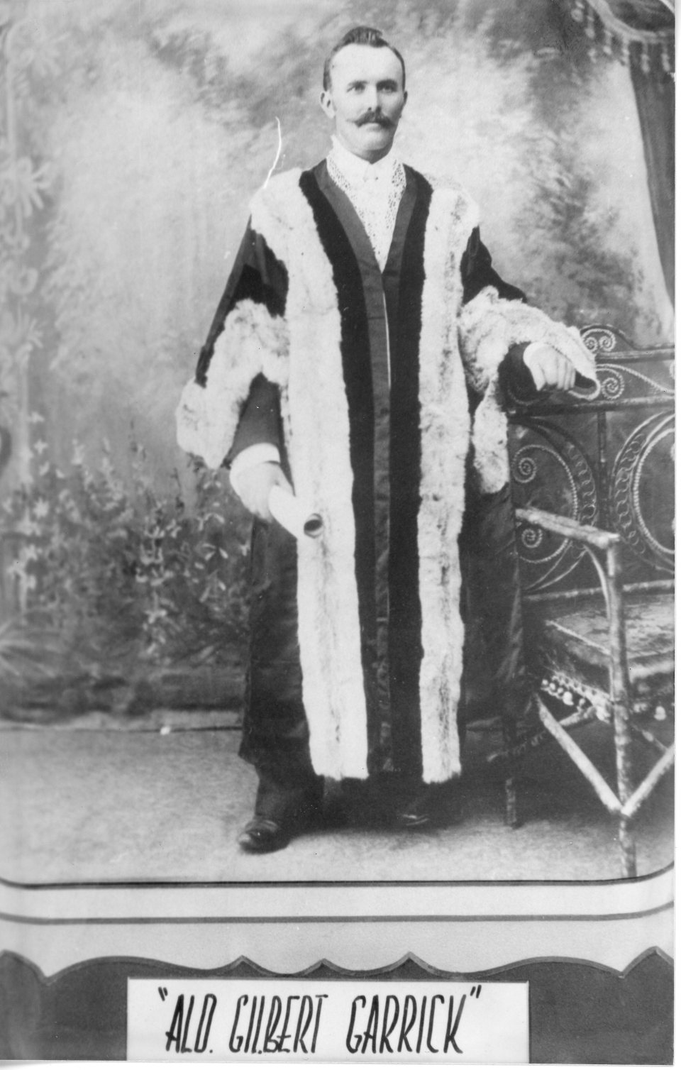 no-4-28-gilbert-garrick-mayor-at-the-time-gympie-proclaimed-a-city-1905-1904-05-p23-people-individuals
