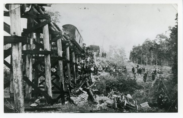 Rocky Mail Train disaster at Traveston 9 June 1925