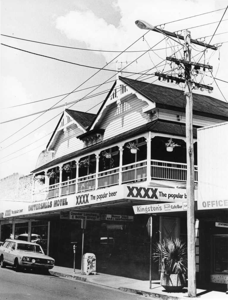 Tattersals Hotel Mary Street